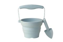 05-blue-pot-spade